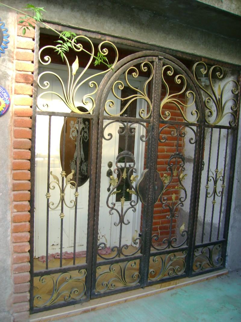Related pictures rejas hierro forjado decorativas pictures - Rejas de hierro forjado ...